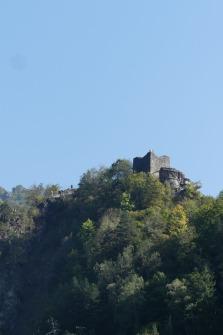 Les-Carpates-Vrai-chateau-de-Dracula-2.jpg