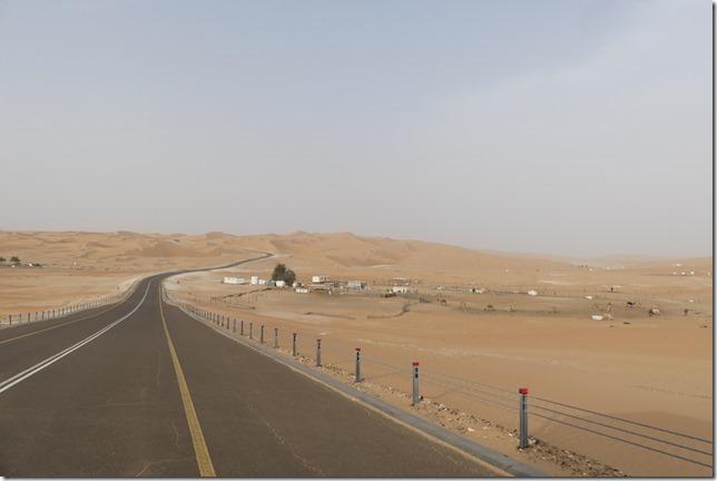 Désert de Liwa - route (1)