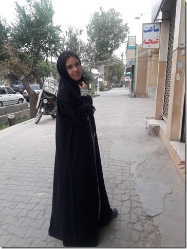 Lola en abaya (2)