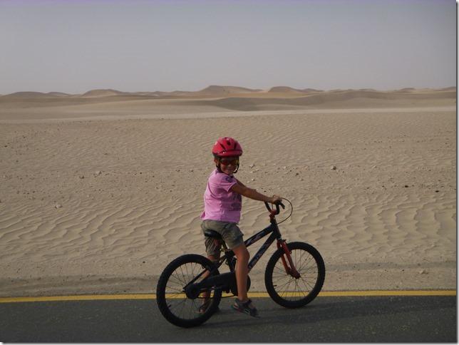 Vélo dans le désert (2)