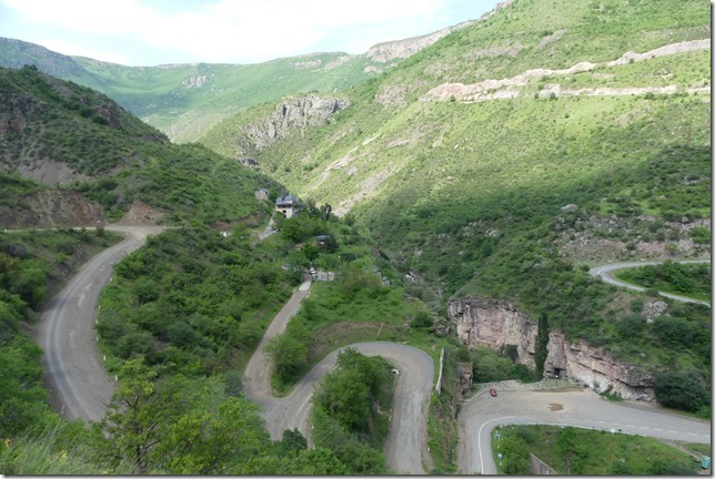 Route pour Tatev (3)