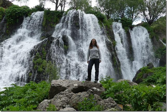 Shaki waterfall (14)