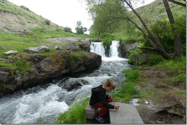 Shaki waterfall (18)