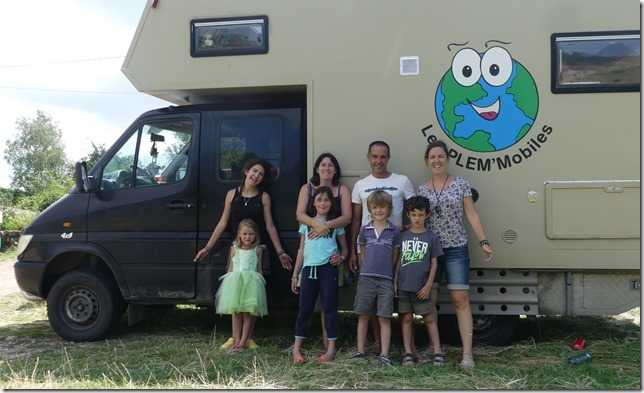 Avec la Nomad Family