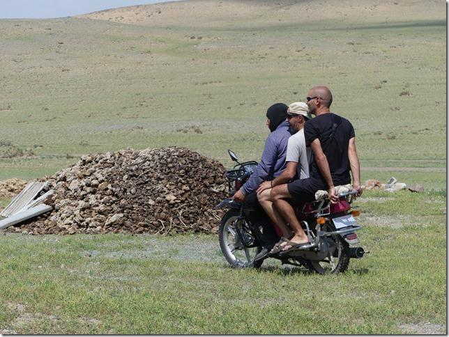 Sur la route du Gobi - chez les éleveurs nomades (154)