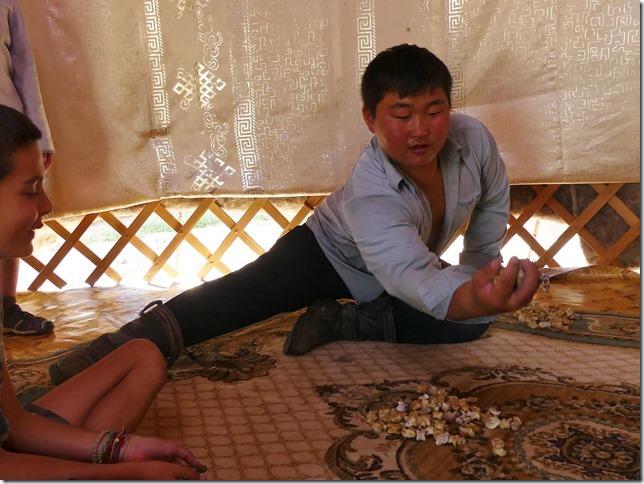 Sur la route du Gobi - chez les éleveurs nomades (244)