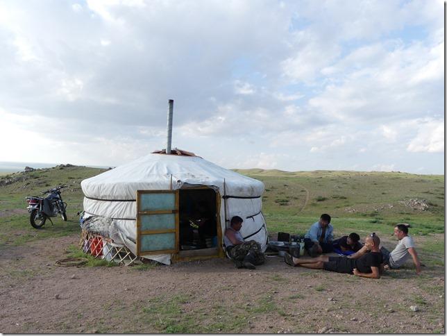 Sur la route du Gobi - chez les éleveurs nomades (319)