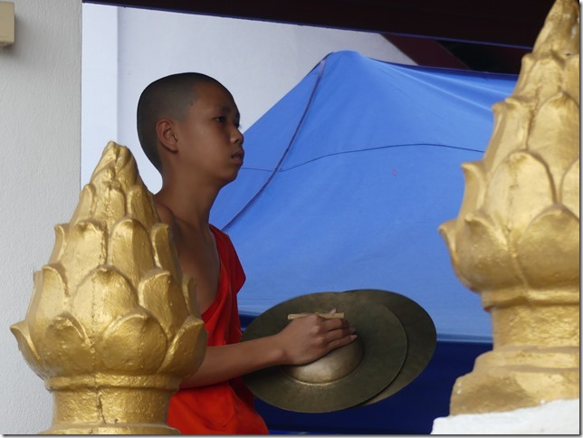 Louang Prabang - bivouac du temple (43)