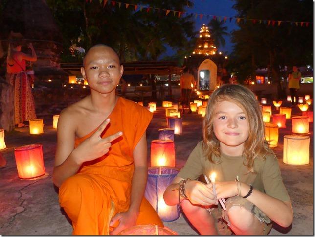 Louang Prabang - fête des lumières (39)