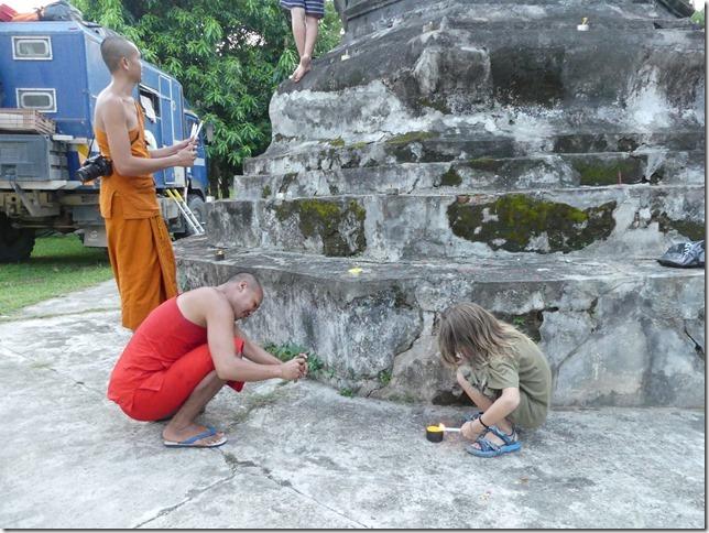 Louang Prabang - fête des lumières (4)