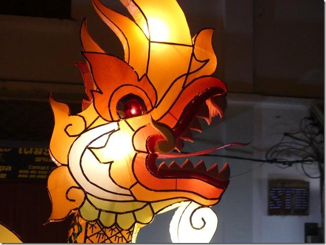 Louang Prabang - fête des lumières (56)