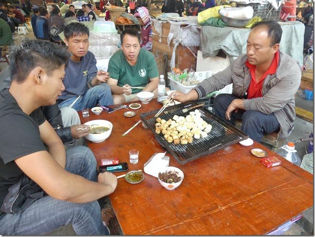 Rizières en terrasse Yuanyang - marché (48)