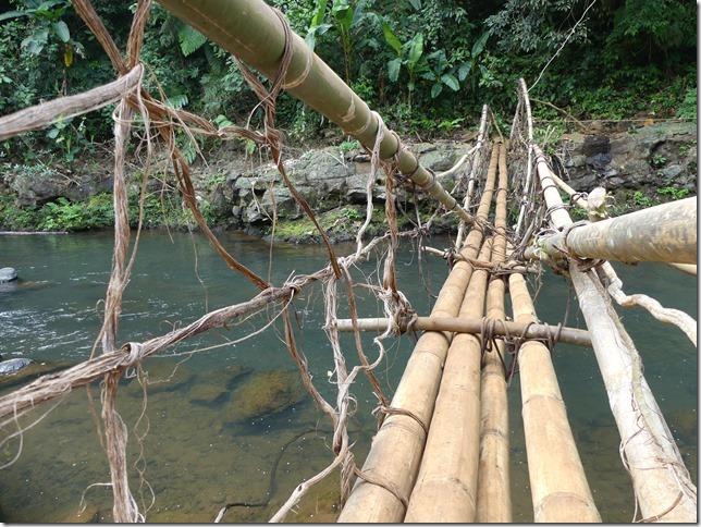 Plateau des Boloven - pont bambou cascade E-Tu (5)