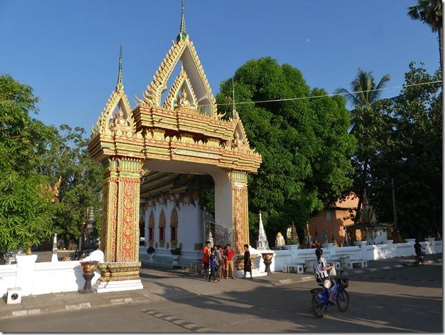 Thakhek (2)
