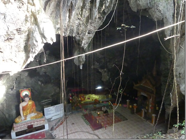 Battambang - Phnom Sampov - killing cave (13)