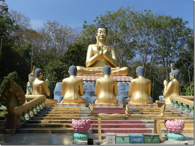 Kompong Cham - Temples aux singes (59)