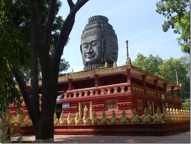 Kompong Cham - Temples aux singes (66)