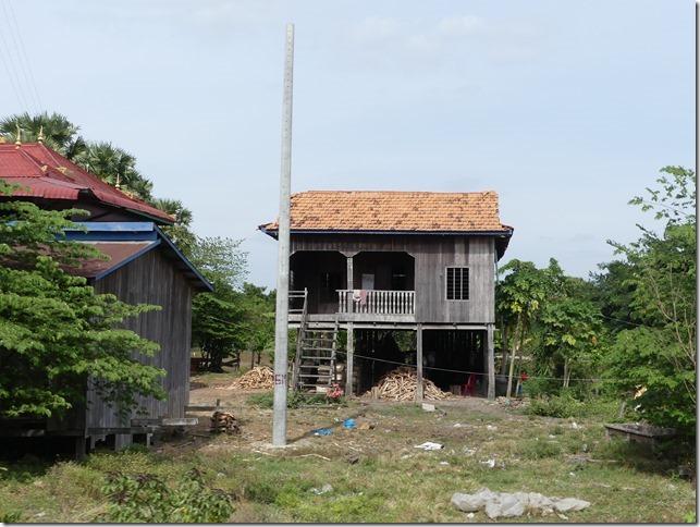 Sur la route - maisons (6)