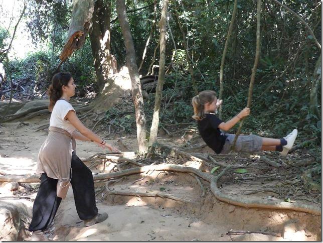 Temples d'Angkor - Kbal Spean (41)