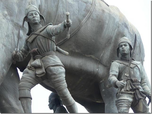 Ayyuthaya - Memorial Queen Suriyothai (5)