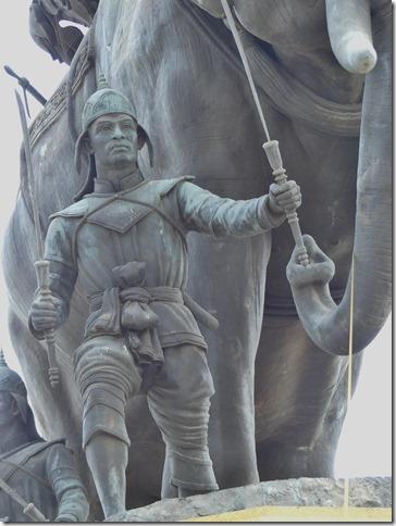 Ayyuthaya - Memorial Queen Suriyothai (7)