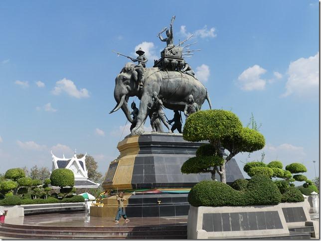 Ayyuthaya - Memorial Queen Suriyothai (8)