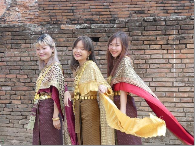 Ayyuthaya - Temples - costumes (5)