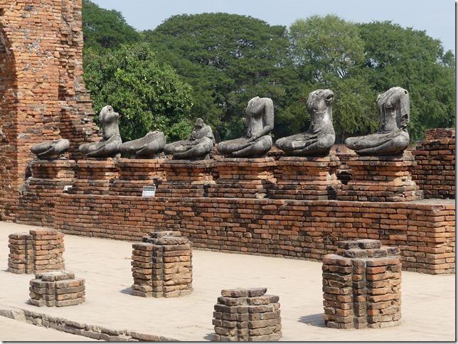 Ayyuthaya - Temples - Wat Chaiwatthanaram (26)