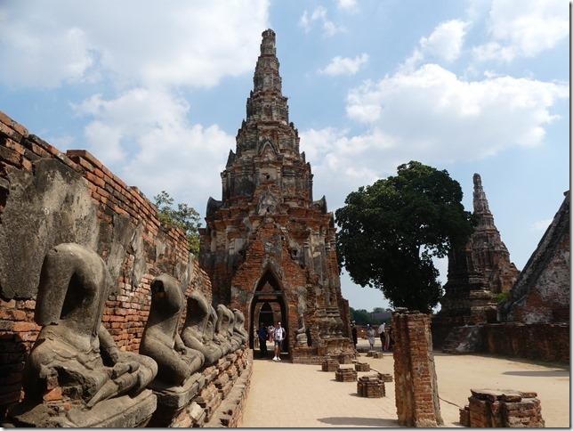 Ayyuthaya - Temples - Wat Chaiwatthanaram (38)