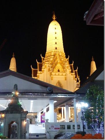 Bangkok -bivouac temple (4)