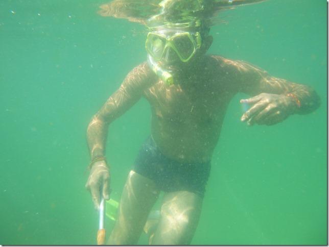 Bivouac plage Noël - sous l'eau (9)