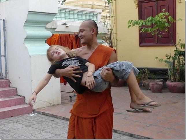 Phnom Penh - bivouac temple (7)