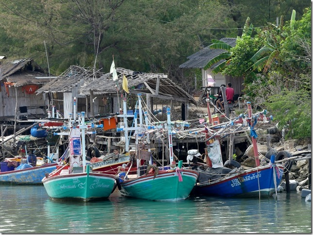 Bivouac plage sud Pran Buri (12)