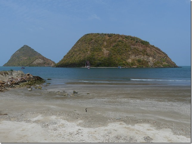Bivouac plage sud Pran Buri (17)