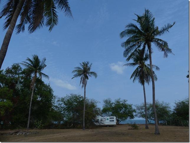 Bivouac plage sud Pran Buri (21)