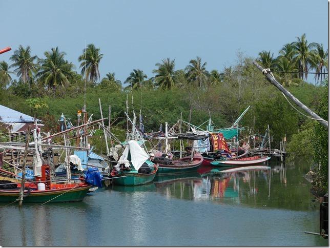 Bivouac plage sud Pran Buri (3)