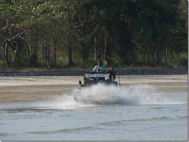 Bivouac plage sud Pran Buri - tournage film indien (5)