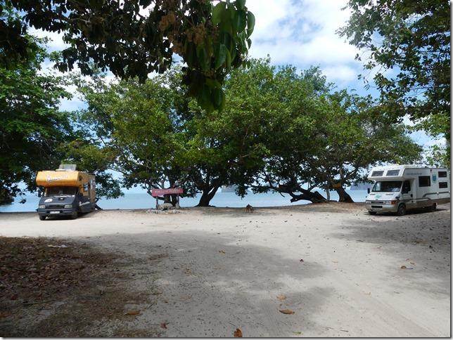 Côte Andaman - bivouac avec la Smala (21)