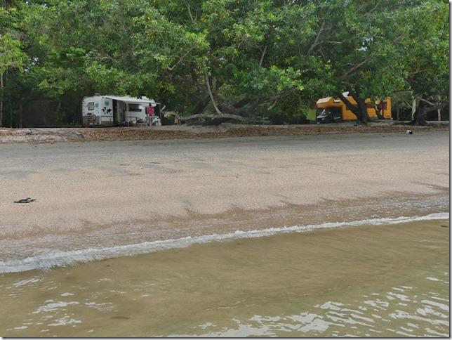 Côte Andaman - bivouac avec la Smala (32)