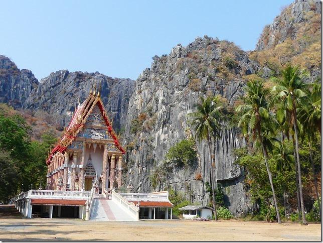 Sur la route - après bivouac plage sud Pran Buri  (3)